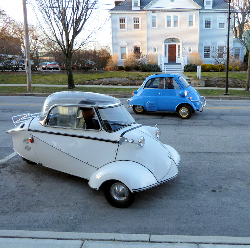 Photo of two vintage German automobiles from 1957 and 1962, taken by Joana Miranda